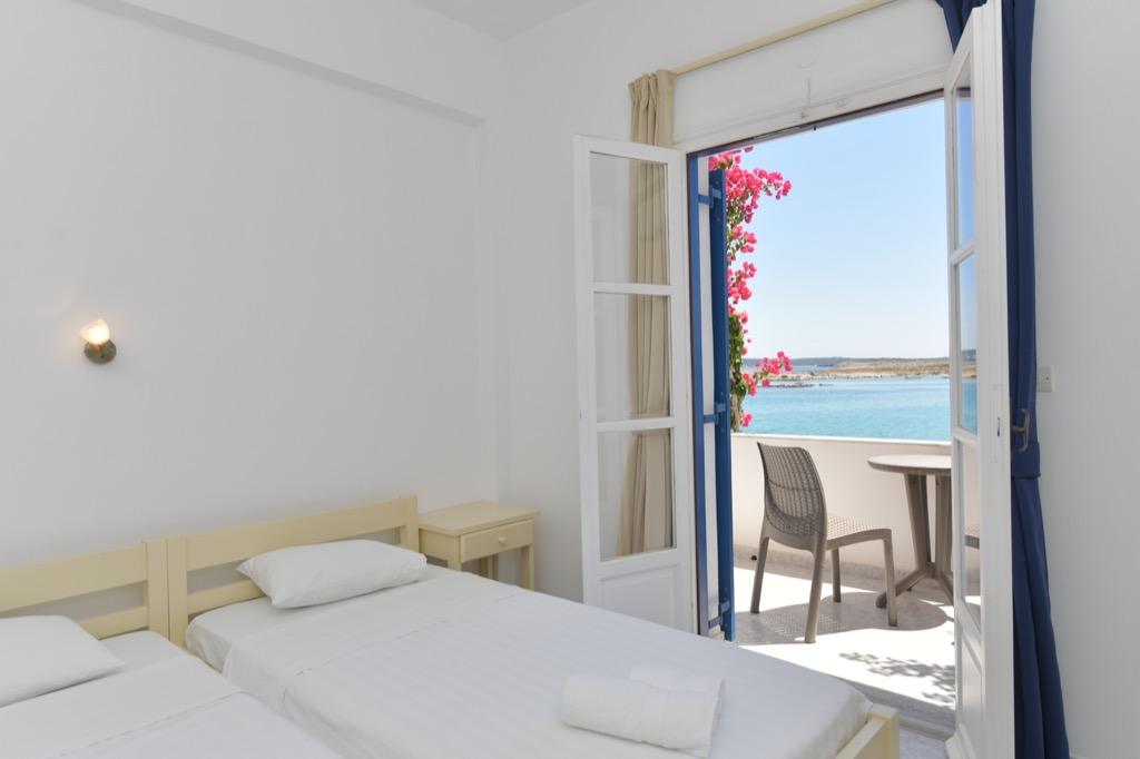 bocamvigliesrooms_hotel_paros_Greece_006