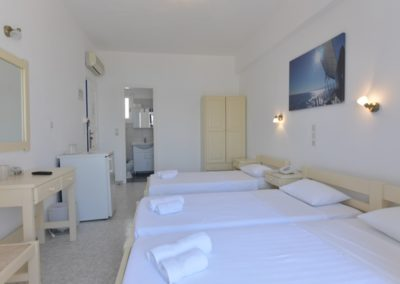 bocamvigliesrooms_hotel_paros_Greece_007