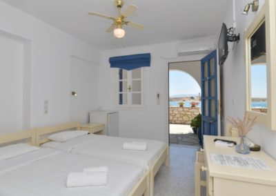 bocamvigliesrooms_hotel_paros_Greece_009