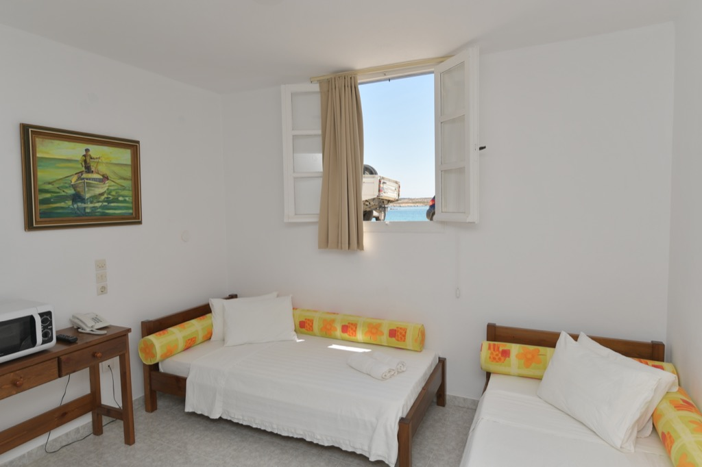 bocamvigliesrooms_hotel_paros_Greece_013