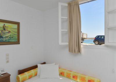 bocamvigliesrooms_hotel_paros_Greece_017
