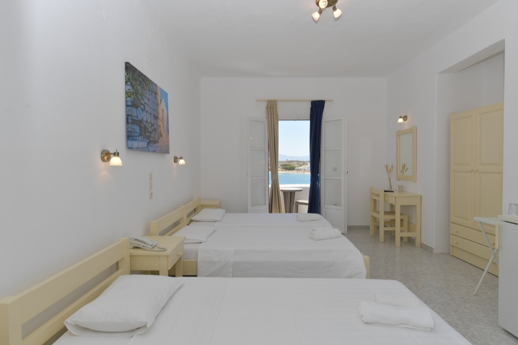 bocamvigliesrooms_hotel_paros_Greece_025